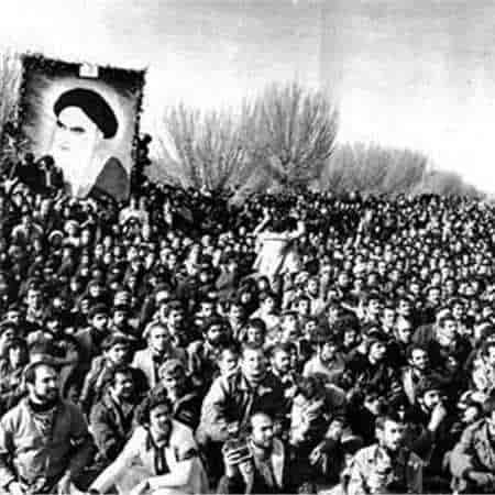 دانلود سرود انقلابی من ایرانیم آرمانم شهادت