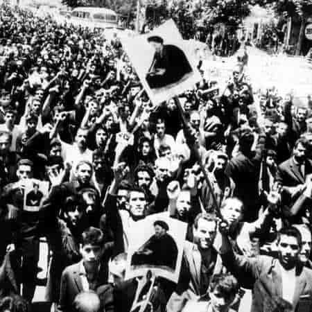 دانلود سرود انقلابی مسلمانان به پا خیزید