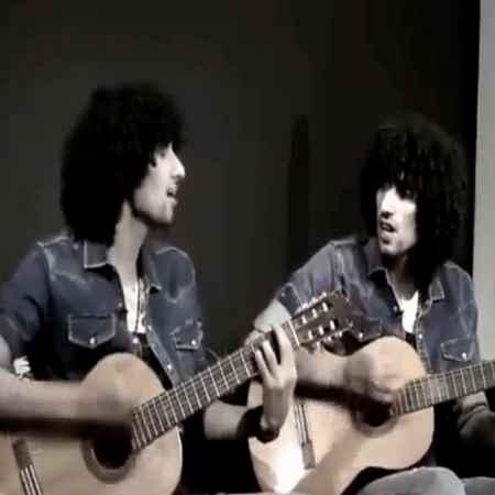 دانلود آهنگ وقتی که تو چشماتو میبندی من دلم میلرزه
